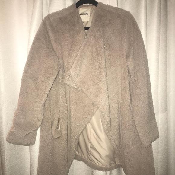 d9f68819b37f2 BB Dakota Jackets   Blazers - BB Dakota Coat